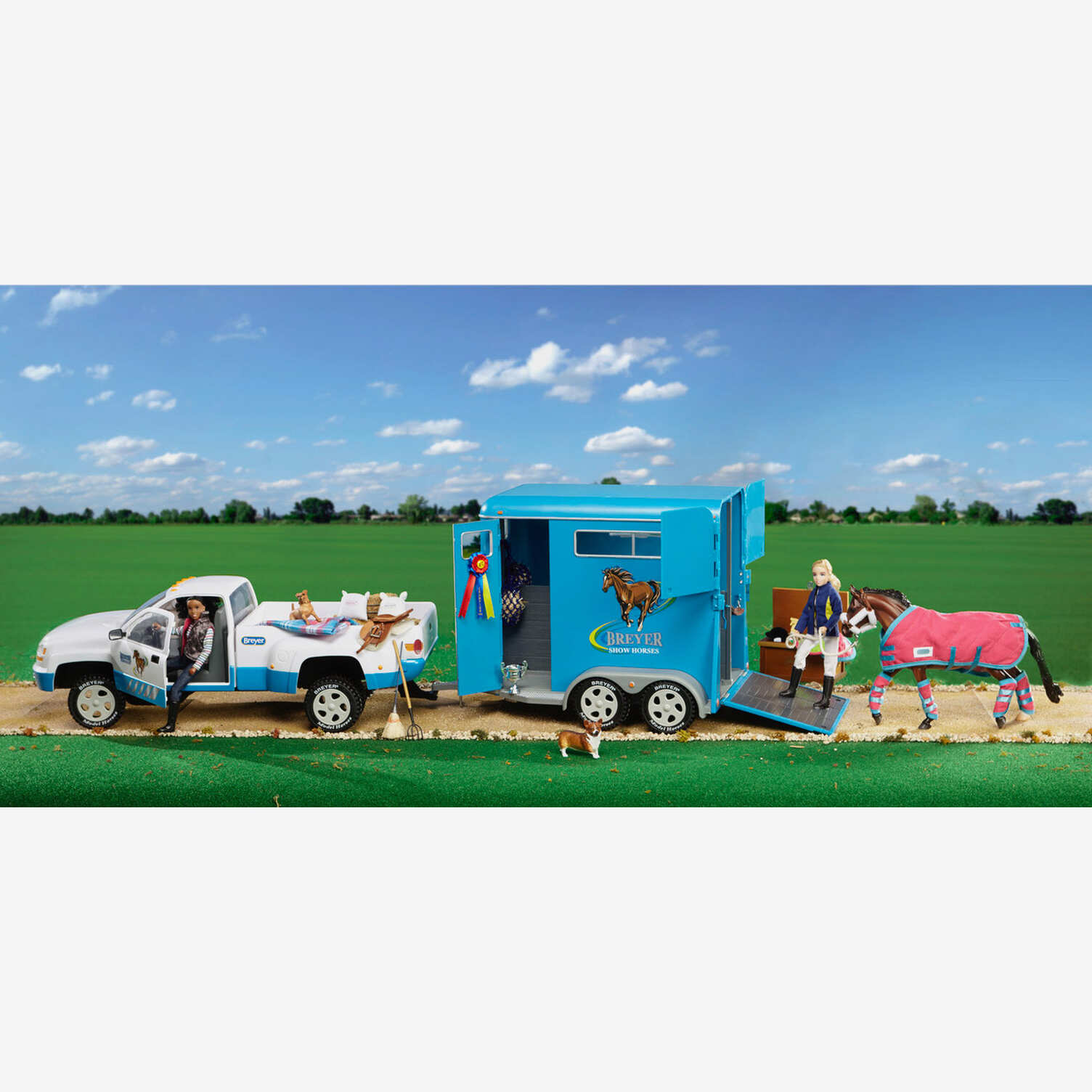 Breyer Traditional 1 9 Scale Traditional Two Horse Trailer Horze