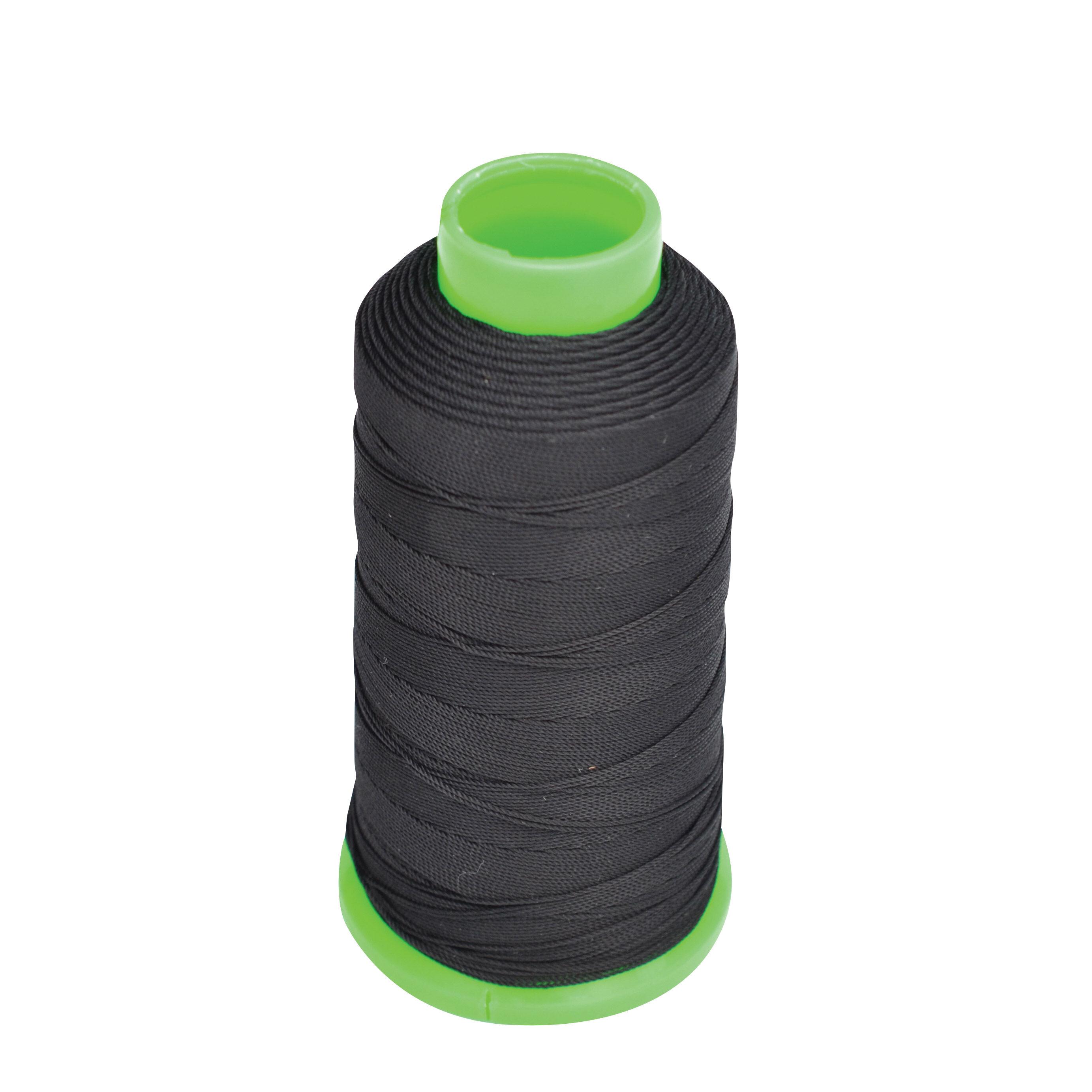 Kincade Plaiting Thread Roll